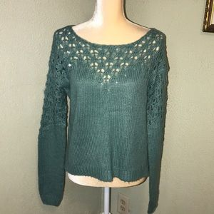 Maurice's Soft Cropped Sweater Size Medium